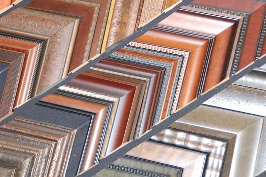todo tipo de marcos y molduras, madera, aluminio